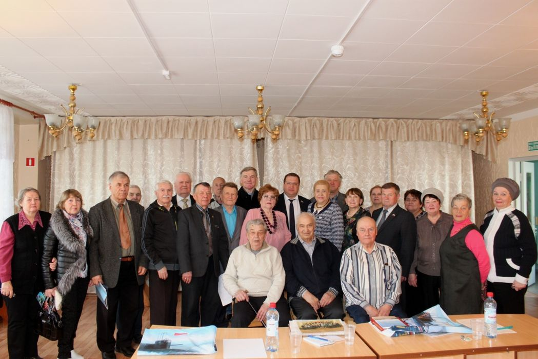 Дмитрий Юрков и Владимир Мелехин провели встречу с ягринскими ветеранами