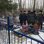 На могиле моряков-североморцев установлен новый памятник