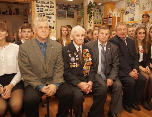 Ягринские гимназисты встретились с участником Великой Отечественной войны