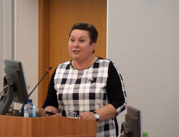 Римма Карташова представила доклад о работе в 2014 году