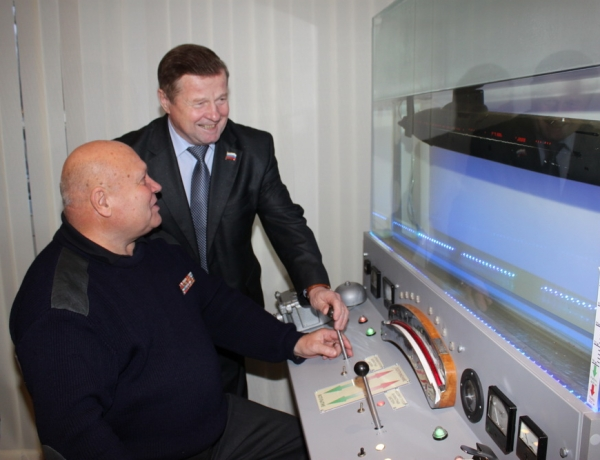 Владимир Мелехин пожелал «Музейной субмарине» счастливого плавания